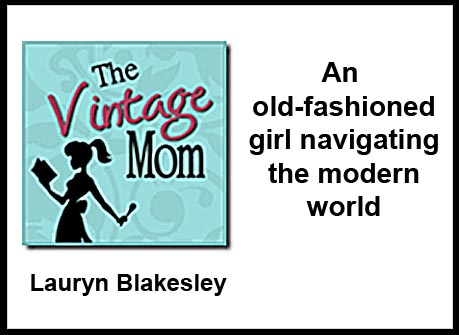 Vintage Mom blog button